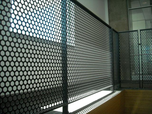 Round hole perforation - Steel products Perforated sheets - serfas.lt